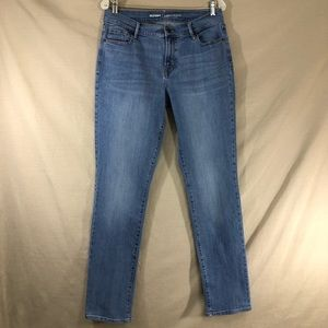 Old Navy Curvy Mid-Rise Light Wash Jeans Long